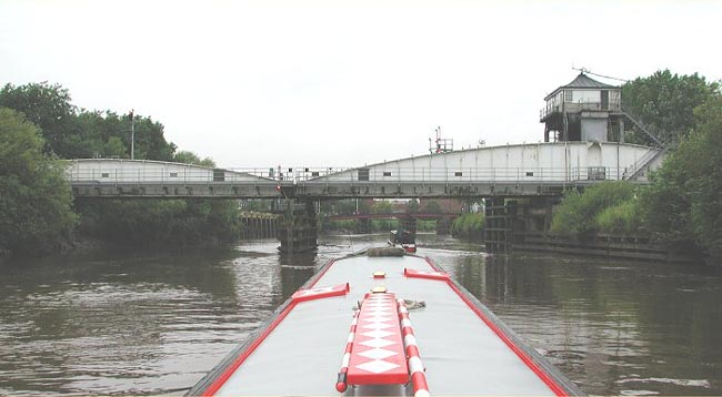 Selby rail swing bridge-a